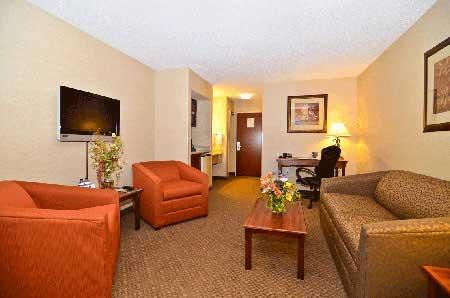 king-suite-evergreen colorado hotel
