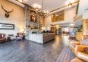 golden evergreen hotel redrocks