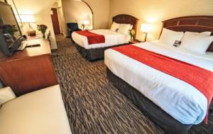 Standard Two-Queen Hotel Suite | Comfort Suites Golden West on Evergreen Parkway