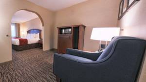 Accessible King Suite | Comfort Suites Golden West on Evergreen Parkway